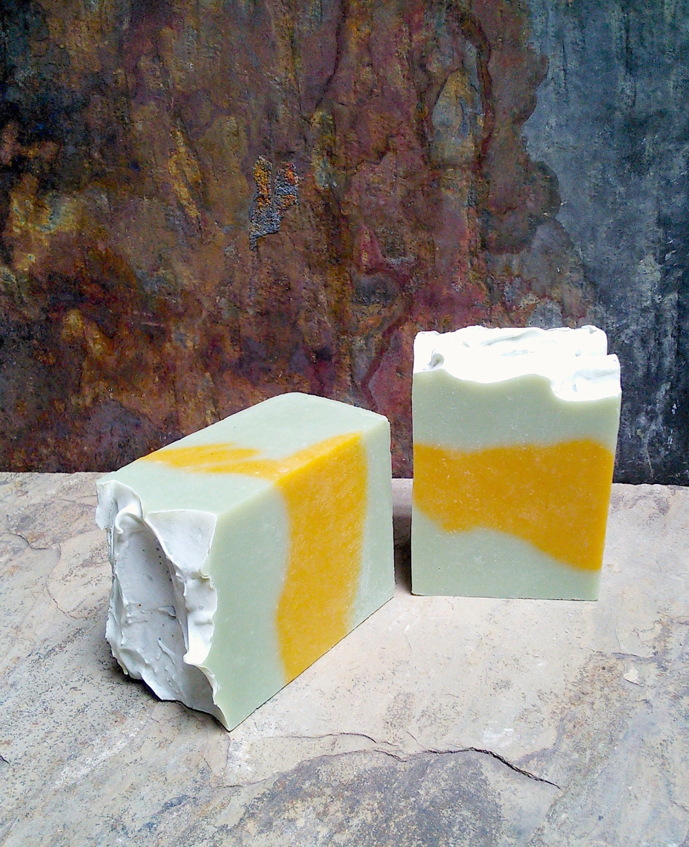 TEA TREE & ORANGE SOAP TIGHT CROP*