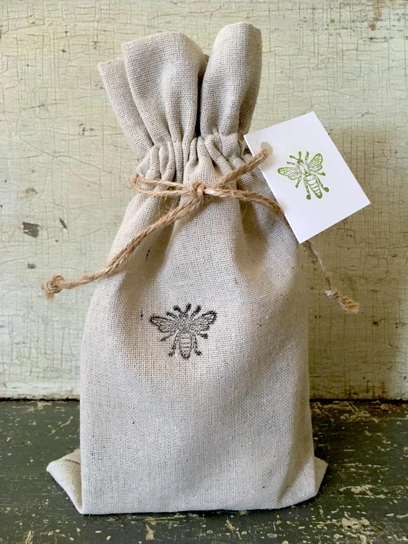 SOAP & EVERYDAY HEALING LOTION DUO LINEN BAG